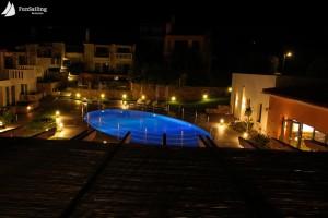 hotelul cu piscina